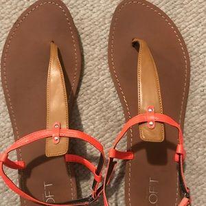 Loft thong sandals
